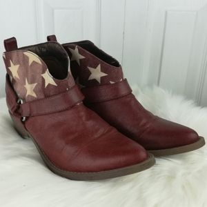Coconuts red star print ankle cow girl boots